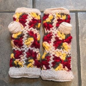 Anthropologie hand knit gloves